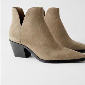 Zara leather heeled ankle cowboy boots sz 9